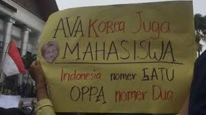 Deretan Poster Kocak K-Popers Ikut Demo Omnibus Law | Republika Online